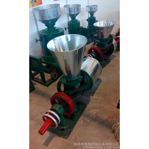 哪里有磨面机生产厂家 专业生产小型家用五谷杂粮磨面机-- 曲阜市德鑫机械设备有限公司