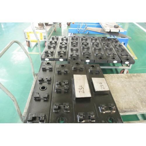 铁路橡胶道叉400T-1200T平板硫化机-- 无锡阳明橡胶机械有限公司