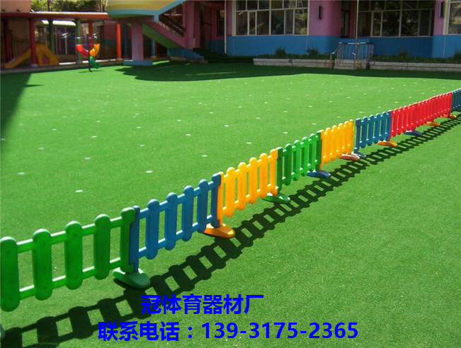 拼塊人造草坪/裝飾人造草坪/人造草皮-- 鹽山昌冠體育器材廠