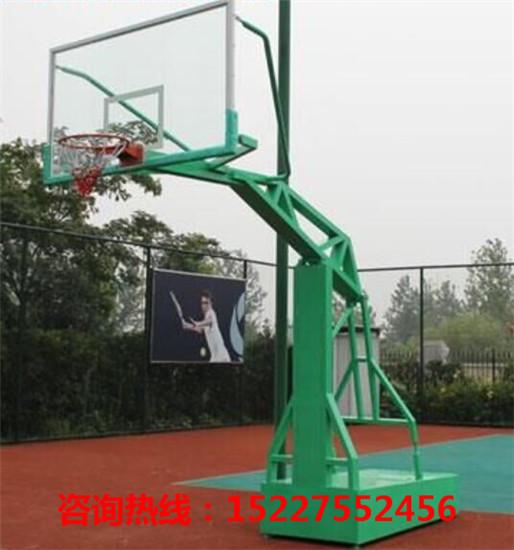 广西室外篮球架供应商 广西室外篮球架批发价格-- 南宁越诚体育器材制造有限公司