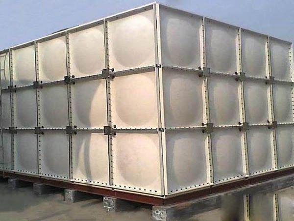 玻璃钢水箱-- 甘肃大军玻璃钢制品有限公司