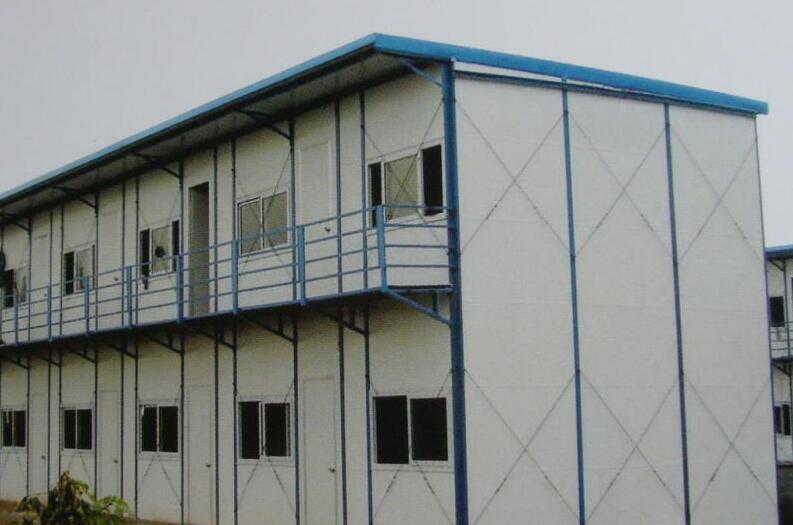 钢结构阳光房-- 人本建筑安装 集装箱 活动板房