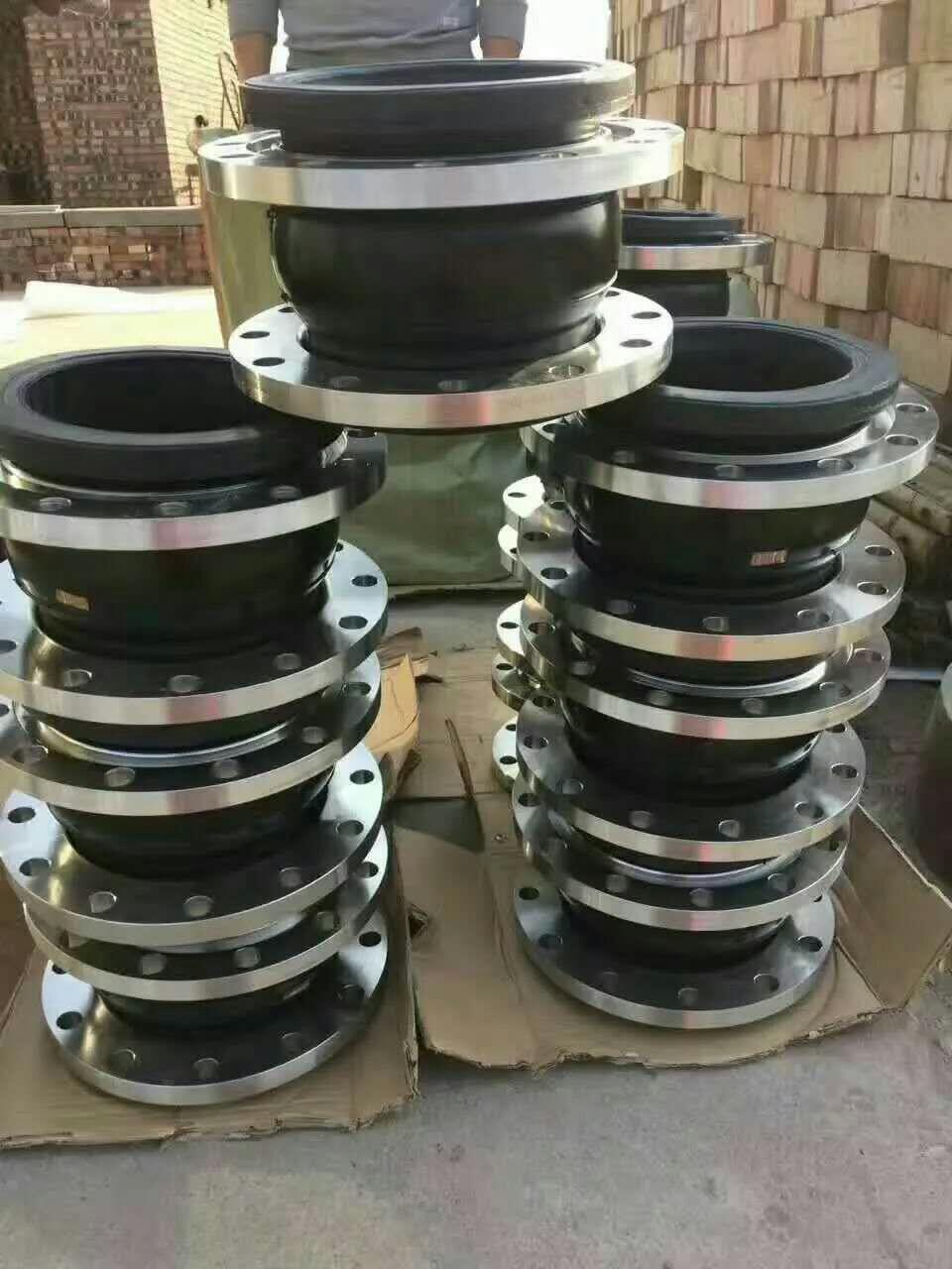 橡胶软连接厂家直销-- 河北弘创橡塑科技有限公司