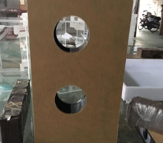 亚克力锁架生产厂家-- 中山市翔鸿亚克力工艺制品有限公司