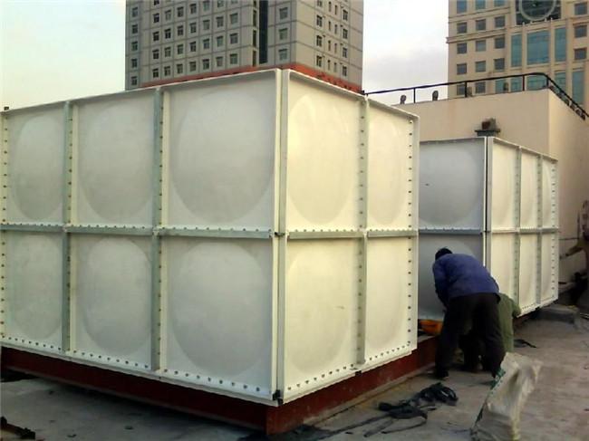 玻璃钢水箱生产厂家 玻璃钢水箱供应商-- 大有玻璃钢