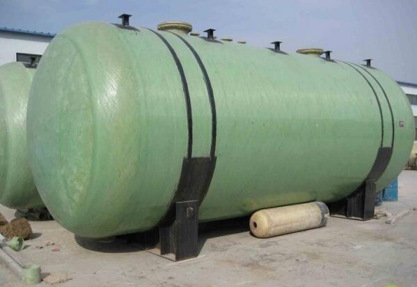 消防水箱-- 惠州联盛玻璃钢有限公司