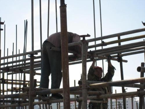 柳州建筑外架鋼管租賃供應 柳州建筑外架鋼管租賃價格-- 柳江縣周工建筑材料租賃服務部