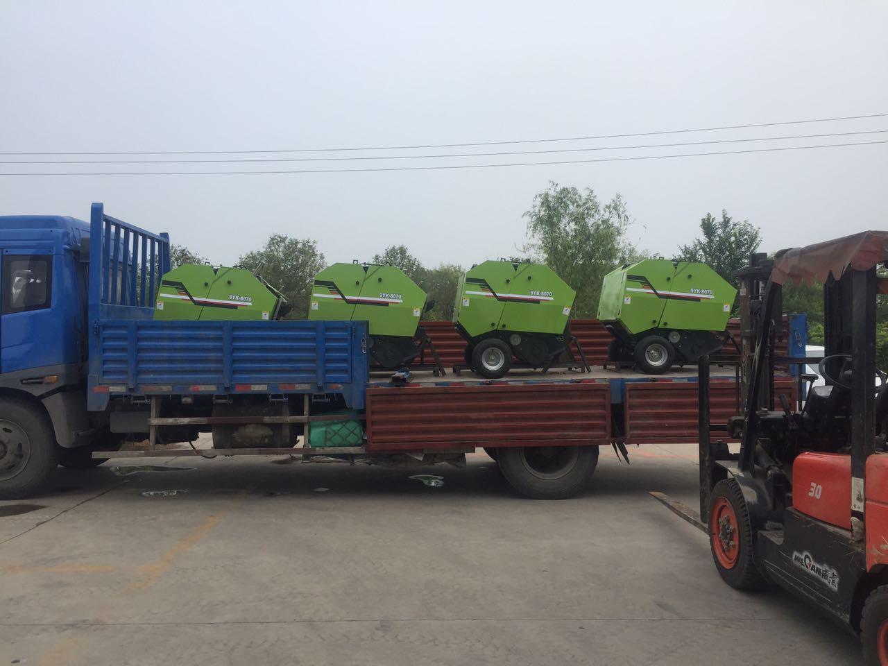 8070型秸稈撿拾打捆機 玉米收割機秸稈打捆機價格-- 曲阜鑫聯重工機械制造有限公司