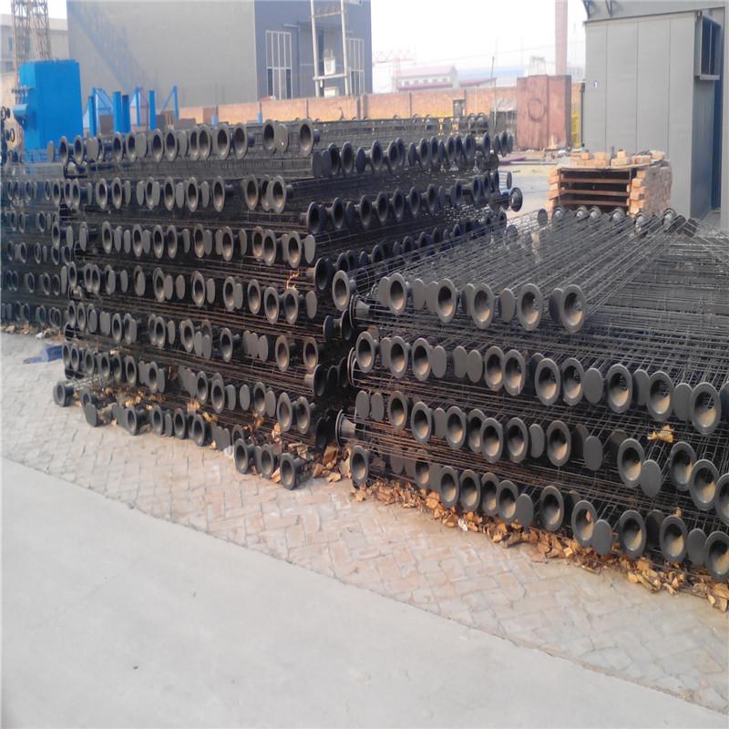 廠家供應 鍍鋅帶文氏管除塵器骨架 多根筋有機硅骨架-- 河北新日環保設備制造有限公司