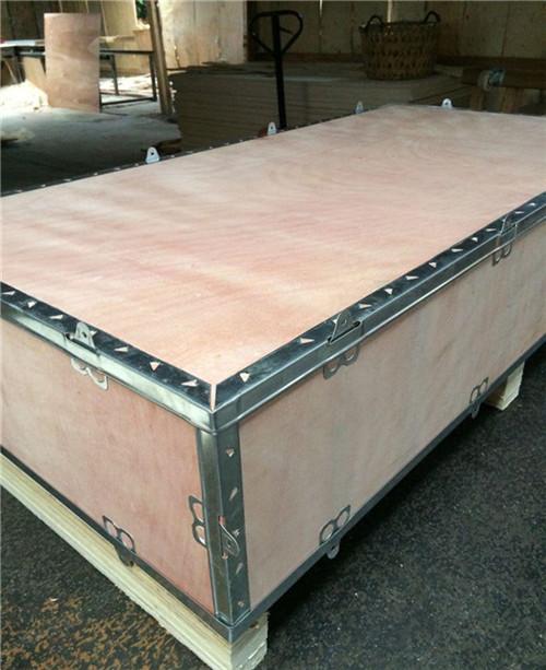 钢扣木箱-- 广州市铂纳包装材料有限公司