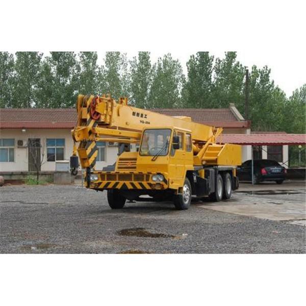 西安25吨吊车出租-- 西安沙玛吊装公司