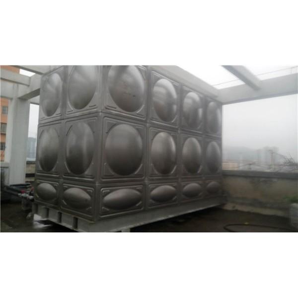 不銹鋼方型水箱-- 畢節市藍騰環保建材有限責任公司