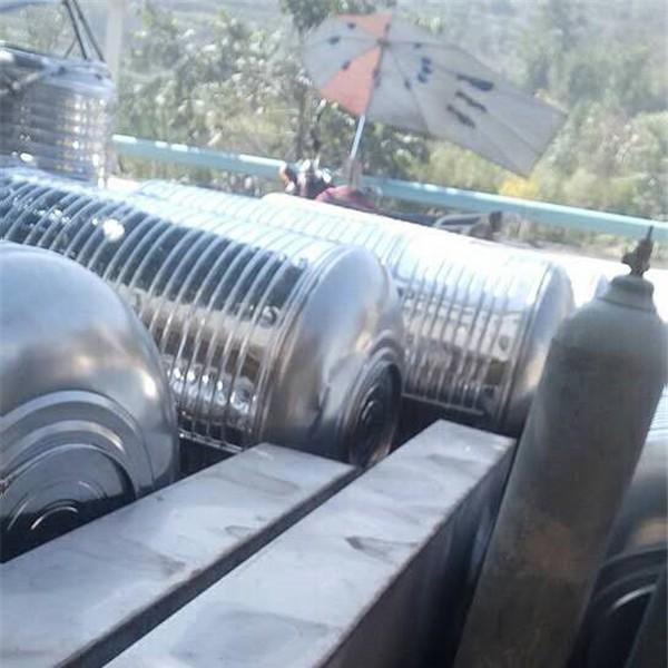 不銹鋼水箱-- 畢節市藍騰環保建材有限責任公司